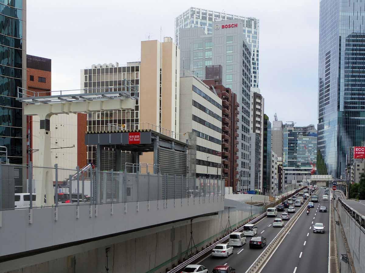 首都高速3号渋谷線(六本木方面から池尻方面を望む)