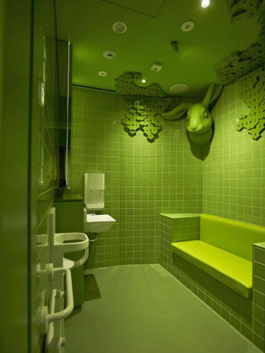 「ラフォーレの森」をコンセプトにした地上4階の女子トイレ・授乳室
