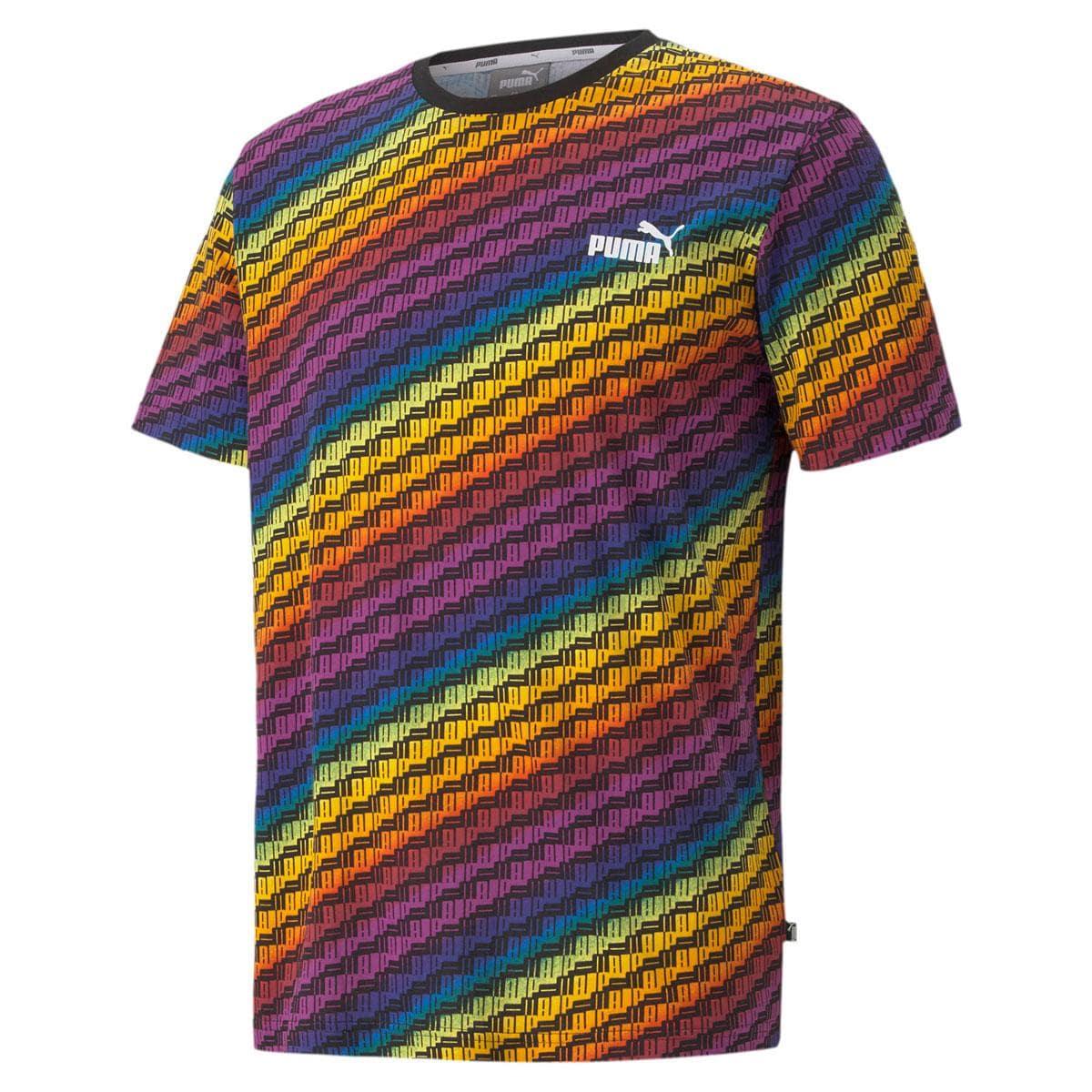全体がレインボーカラーのTシャツ(3,300円)