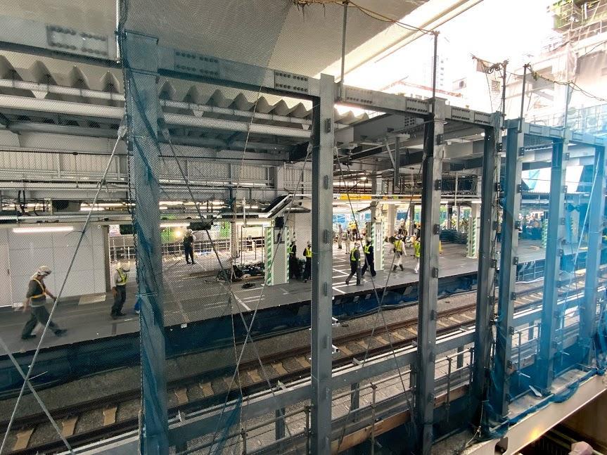 埼京線・湘南新宿ライン新ホームの工事の様子