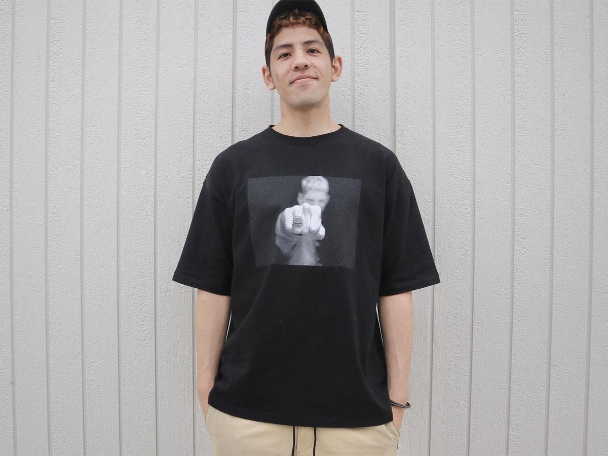 自身で撮影した写真をプリントしたTシャツを制作したベンドラメ礼生選手