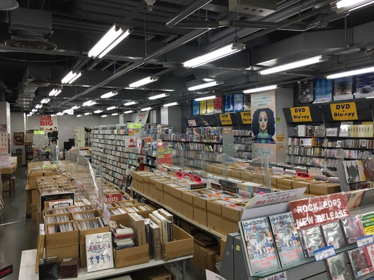 レコファン渋谷BEAM店の店内