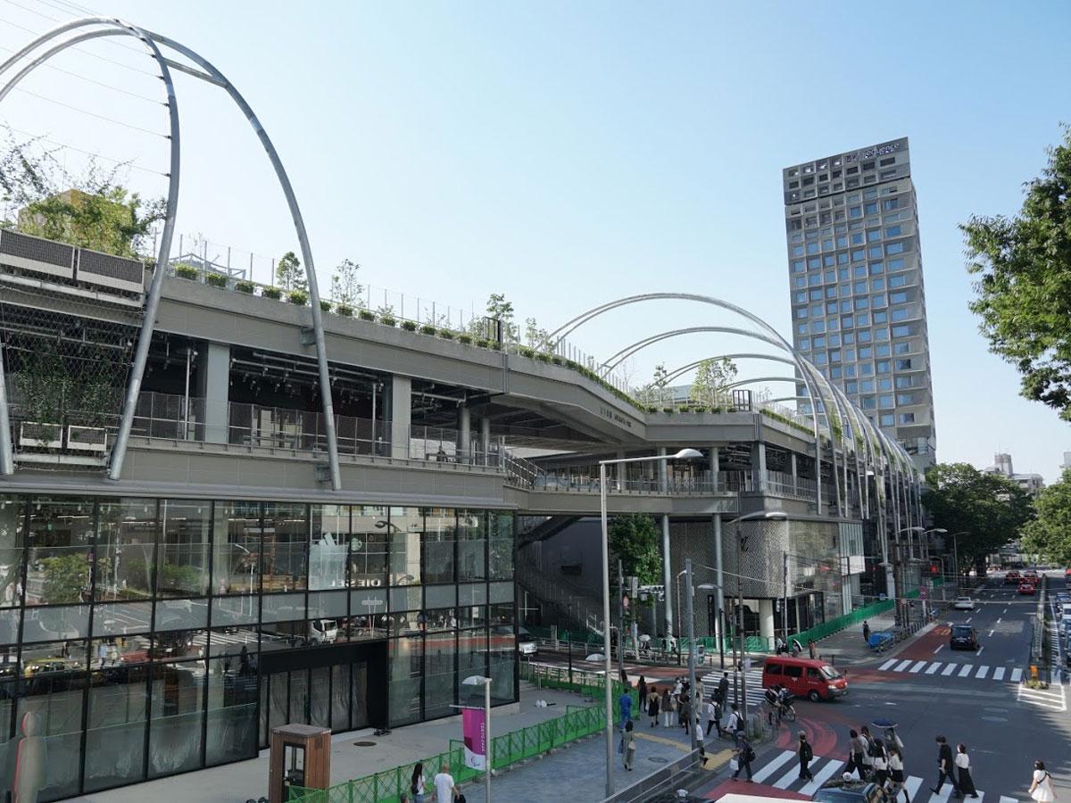 商業施設やホテルも併設する「MIYAHSHITA PARK」