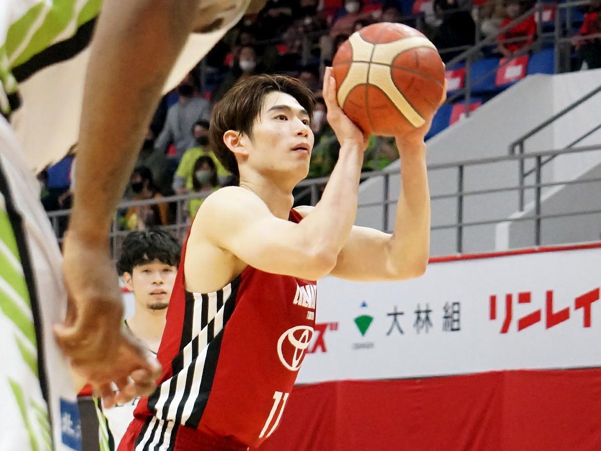 立ち上がりからアグレッシブに攻め14得点を挙げた須田侑太郎選手