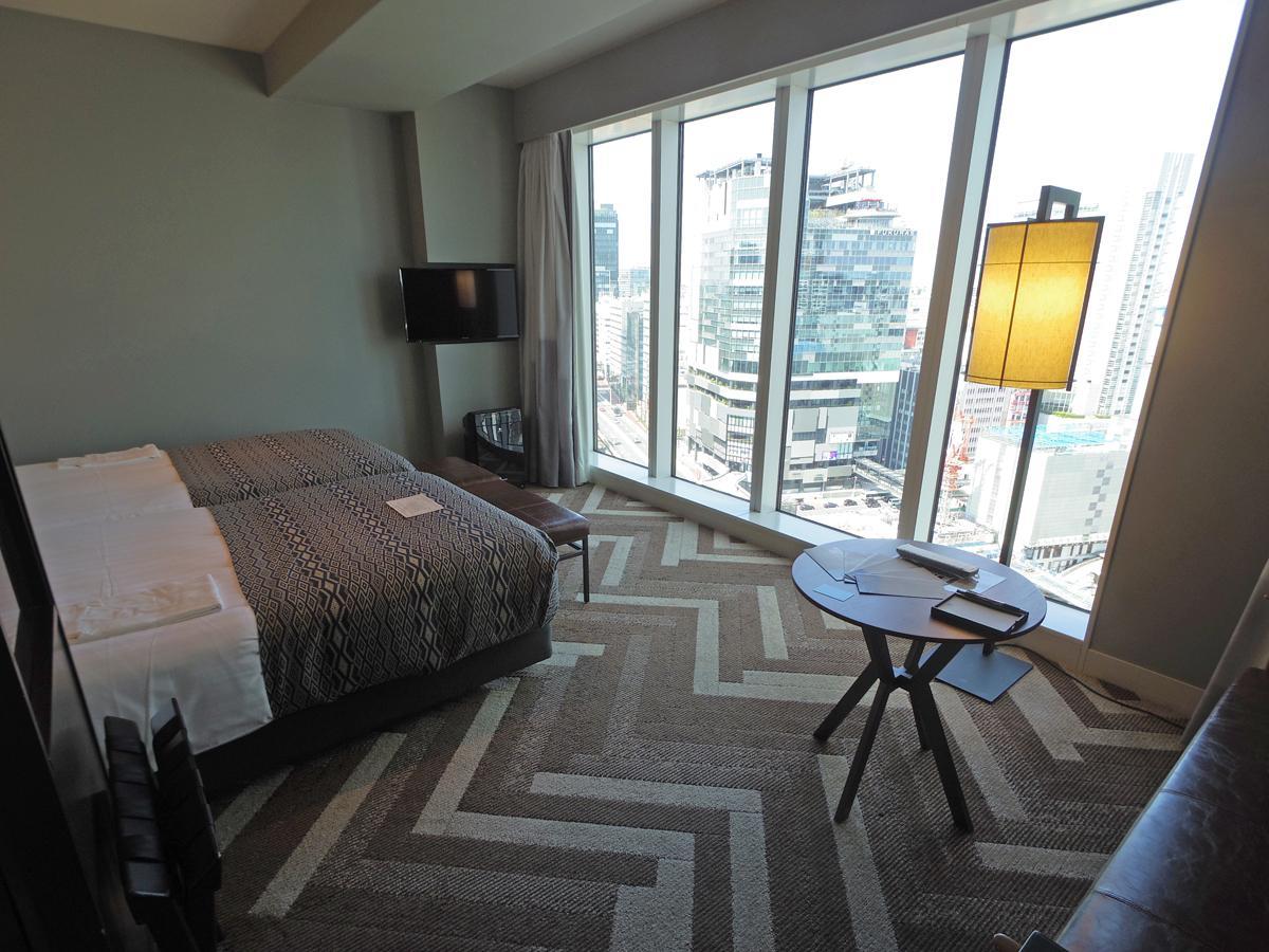 利用できるホテルの一つ「渋谷ストリームエクセルホテル東急」の客室(スタンダードツインルーム)