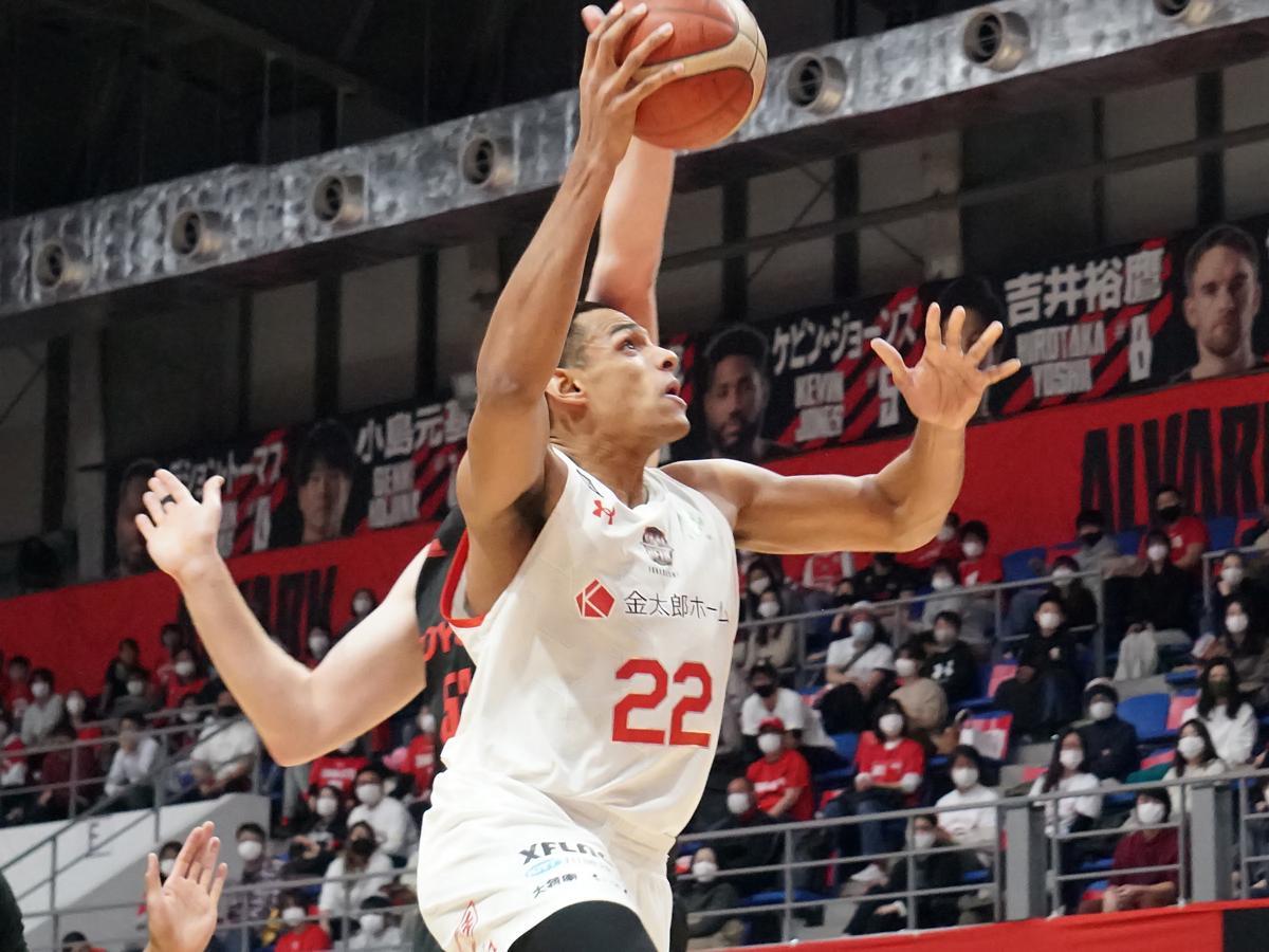 2020-21シーズンは千葉ジェッツでプレーしリーグ制覇を果たしたセバスチャン・サイズ選手