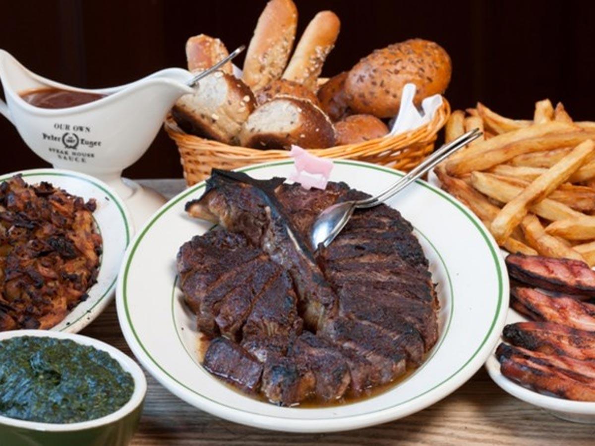熟成肉のステーキなどを提供する(写真はイメージ)