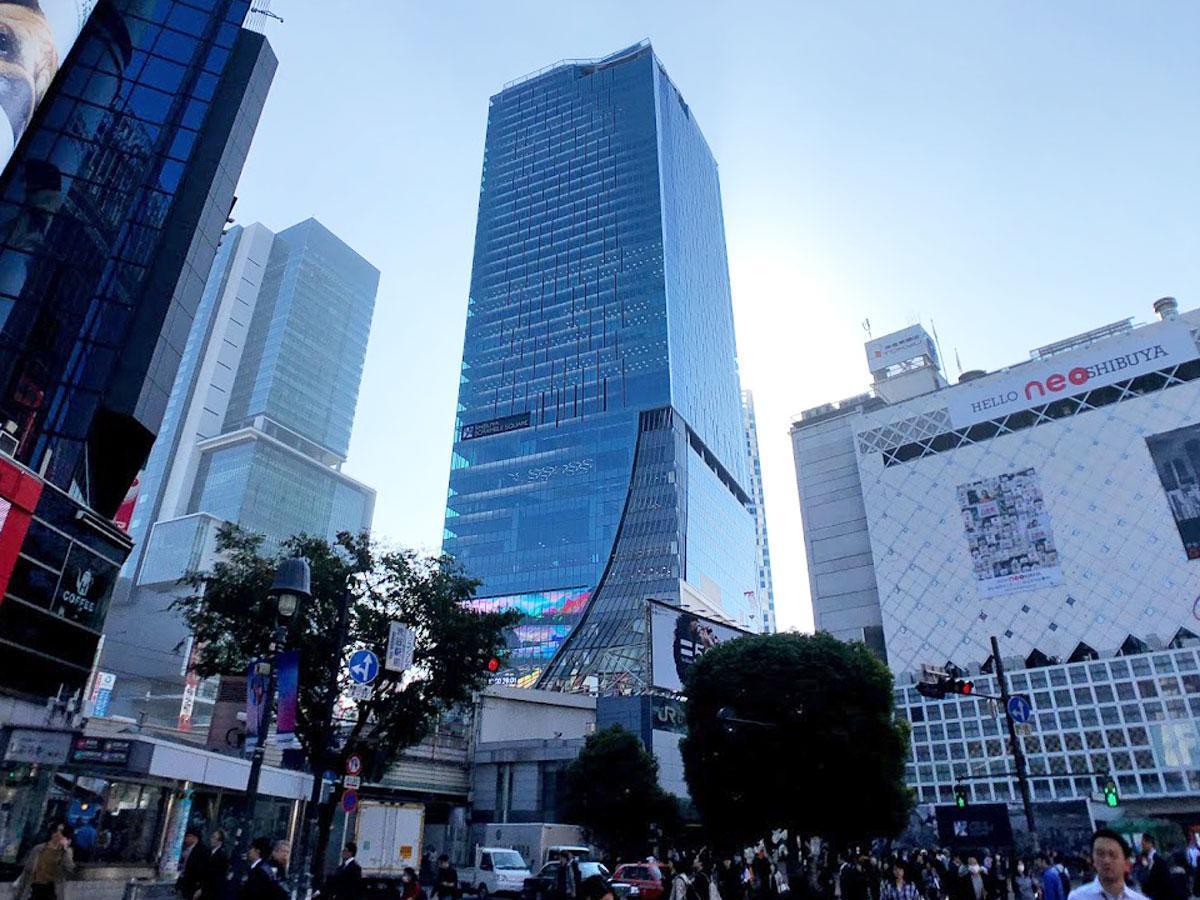 渋谷スクランブルスクエア(写真中央)