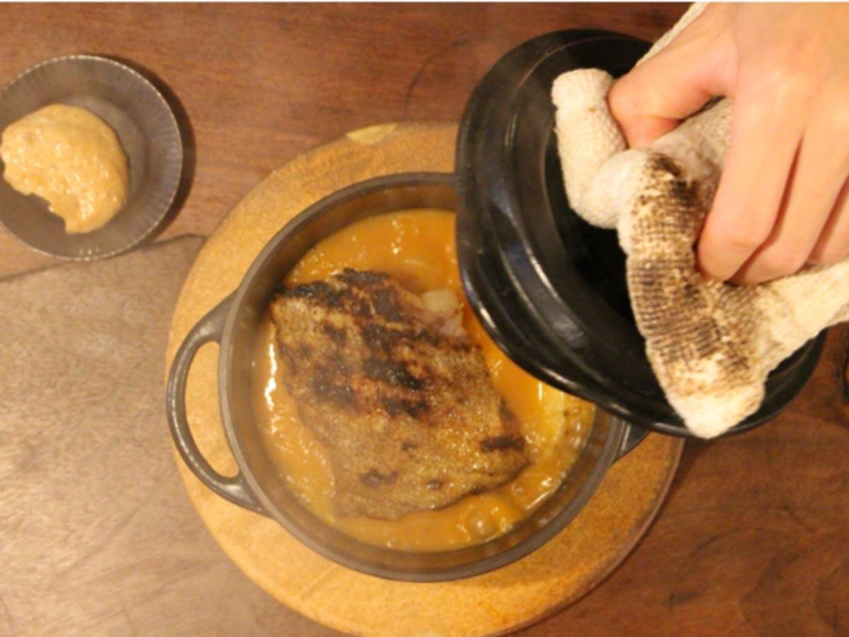 「名物メニュー」と位置付けるスープ「スープドポワソン」(2,000円前後)
