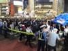 渋谷駅前スクランブル交差点、サッカーW杯初戦勝利に沸く