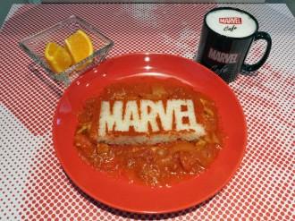 表参道に「マーベル」モチーフの期間限定カフェ 劇中に登場する料理も