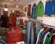 ヨーロッパ古着のネット販売店が下北に実店舗