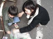 映画「虹色★ロケット」出演者らが下北沢で「ゴミ拾いバトル」
