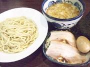 下北沢につけ麺「三ツ矢堂製麺」-麺は国産小麦、スープはとんこつと鶏がら使用