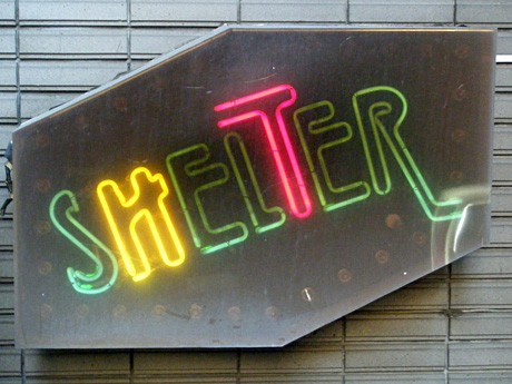 20周年を老舗のライブハウス「SHELTER」