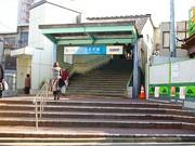 3月末に「開かずの踏み切り」解消へ-下北沢駅地下化工事進む
