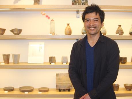 下北沢の和雑貨屋で平岡仁さん個展 インスタグラムで焼き物に脚光