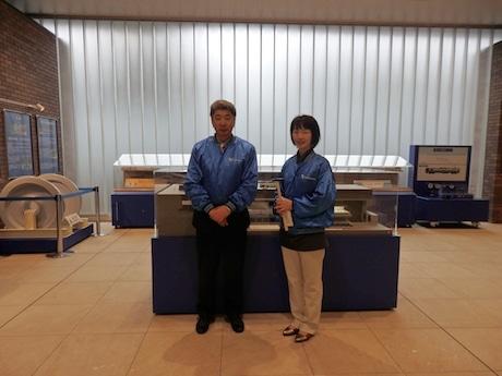 小田急電鉄CSR広報部の北山明彦さん(左)と伊藤直子さん