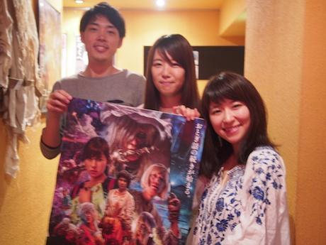 左から、伊藤峻太監督、制作の湯浅志保子さん、主演の松永祐佳さん