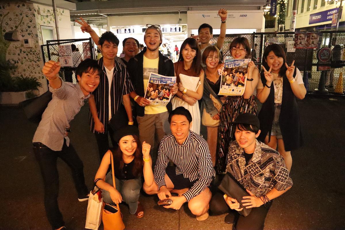 参加者同士で記念写真