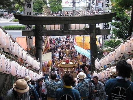 北品川で品川神社例大祭-17年ぶりに荏原神社天王祭と同時開催