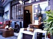 戸越銀座に「暮らし道具・ぐるり屋」-「古道具好き」高じて開業
