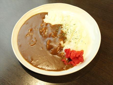 「極美味100円カレー」