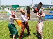 大井競馬場で「バイオハザード ゾンビラッシュ」 真夏日に負けずゾンビ健闘