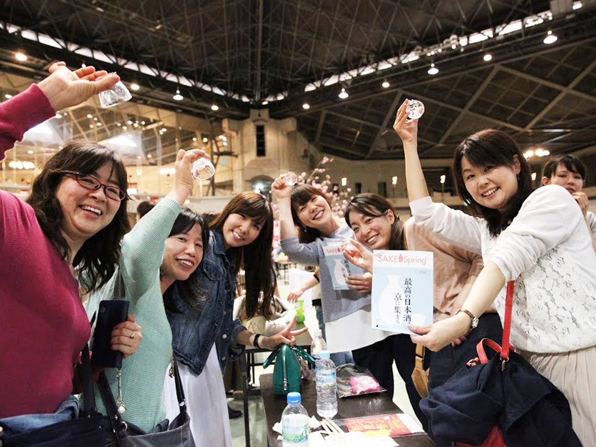昨年4月に京都で開催された「SAKE spring」の来場者の様子