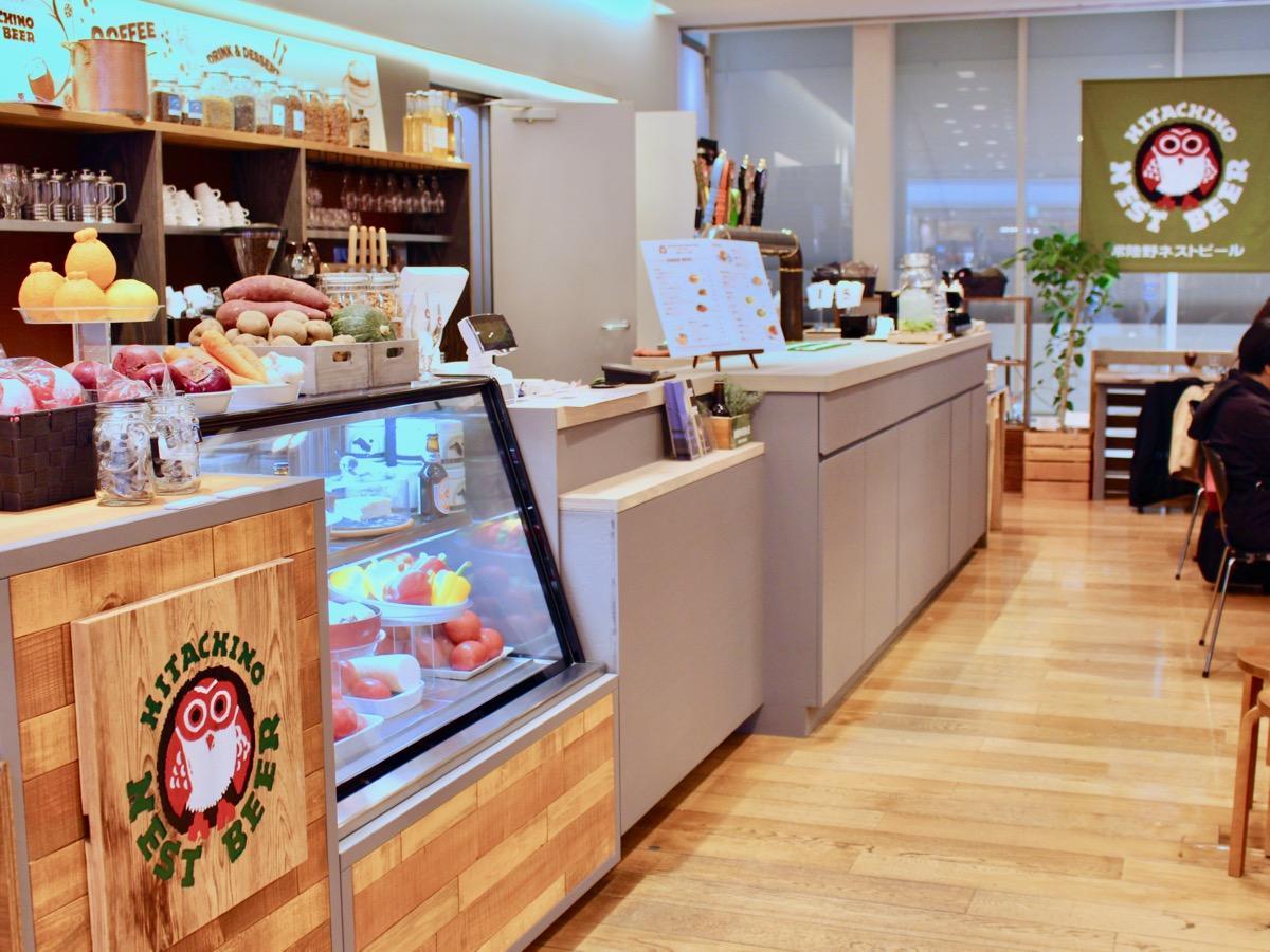 「常陸野ブルーイング品川Beer&Cafe」の内観