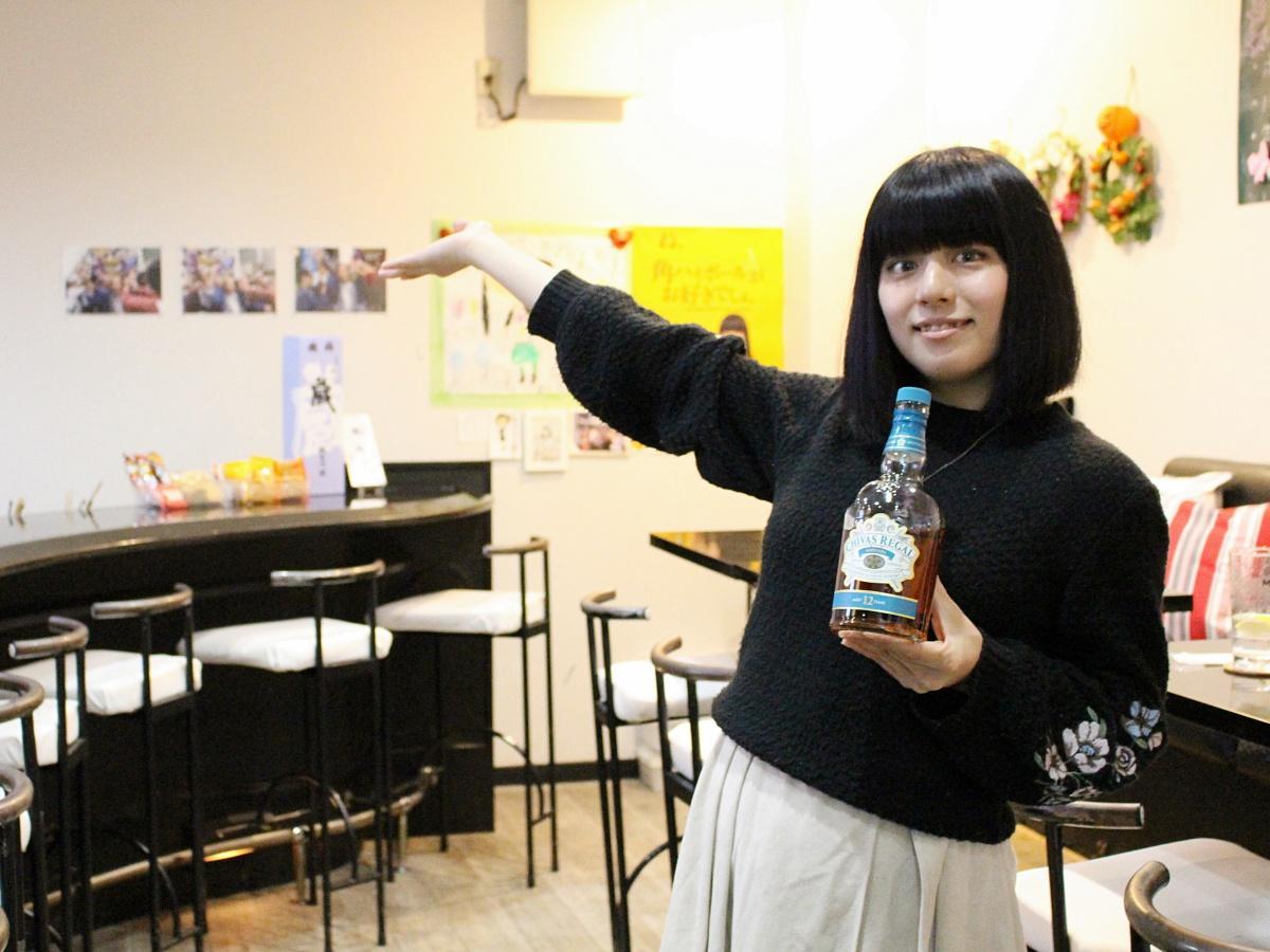 「宅飲み酒場 アヤノヤ」店主の西田彩乃さん