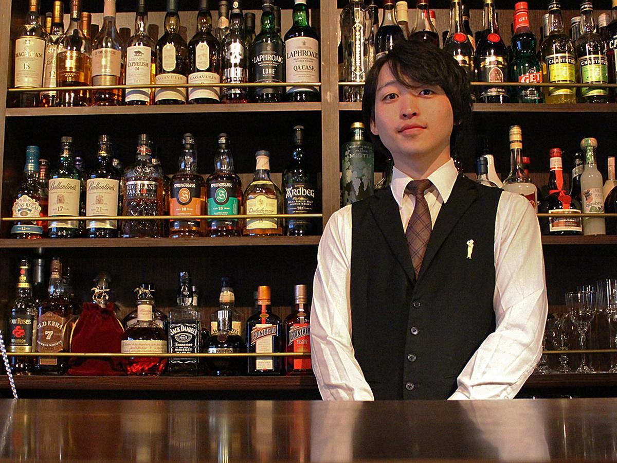 「BAR Reveur」店長の石澤卓也さん