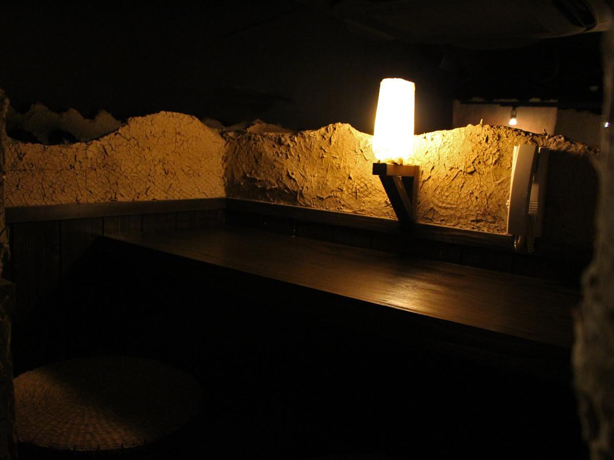 「カーヴ隠れや 五反田店」の半個室席