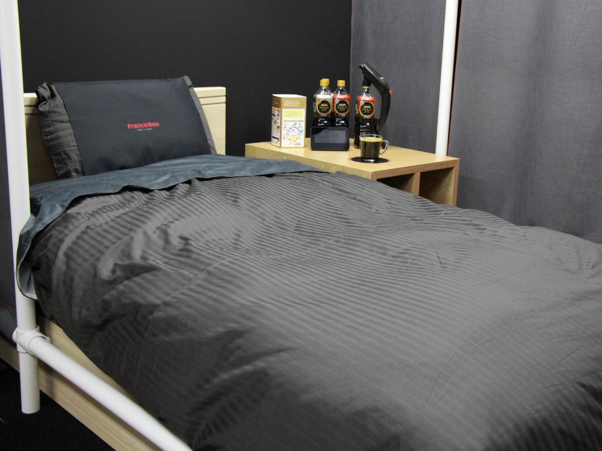 「ネスカフェ 睡眠カフェ」内に設置されたベッド
