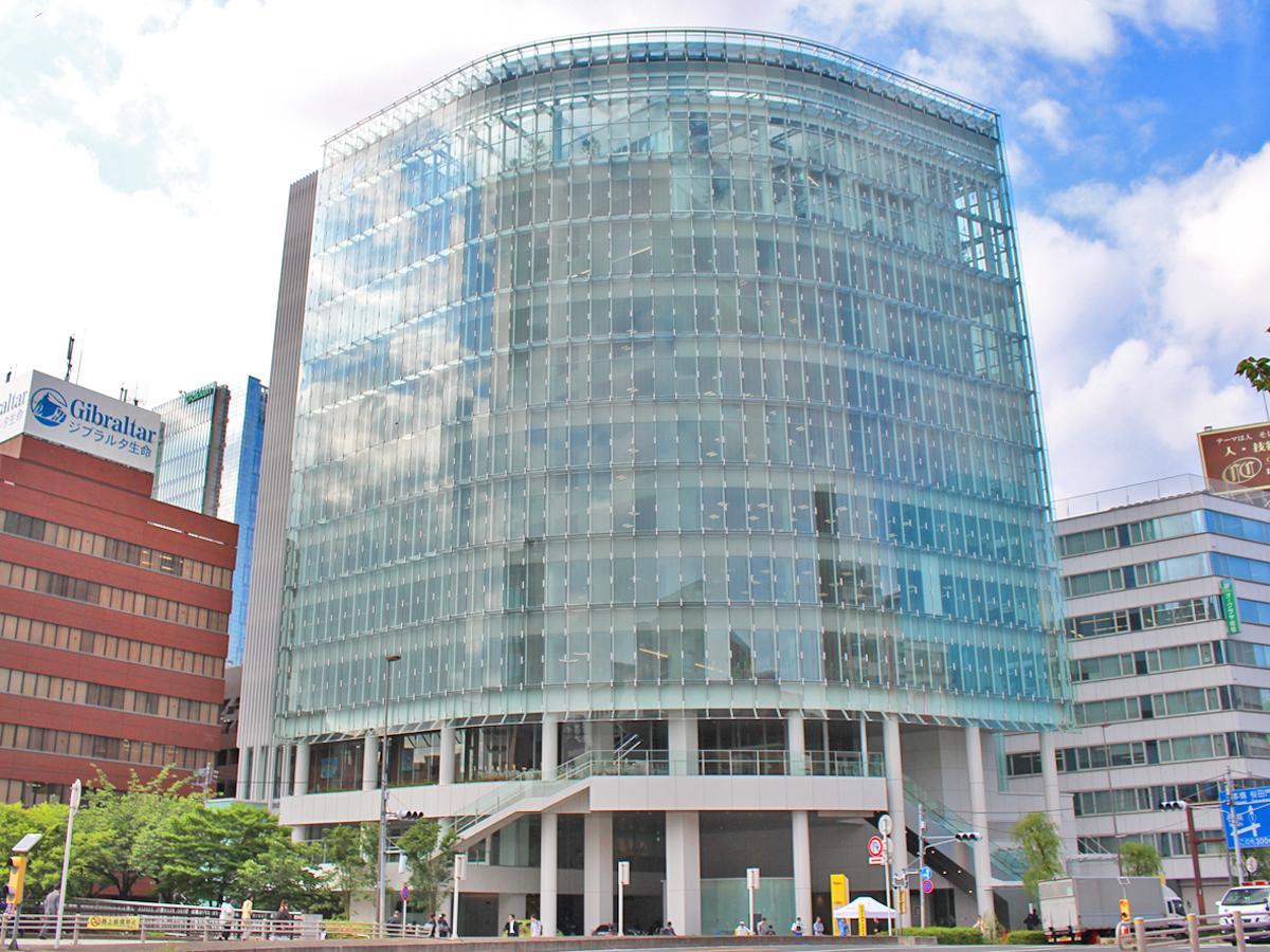 五反田駅前、目黒川沿いにある「パーク24」新社屋