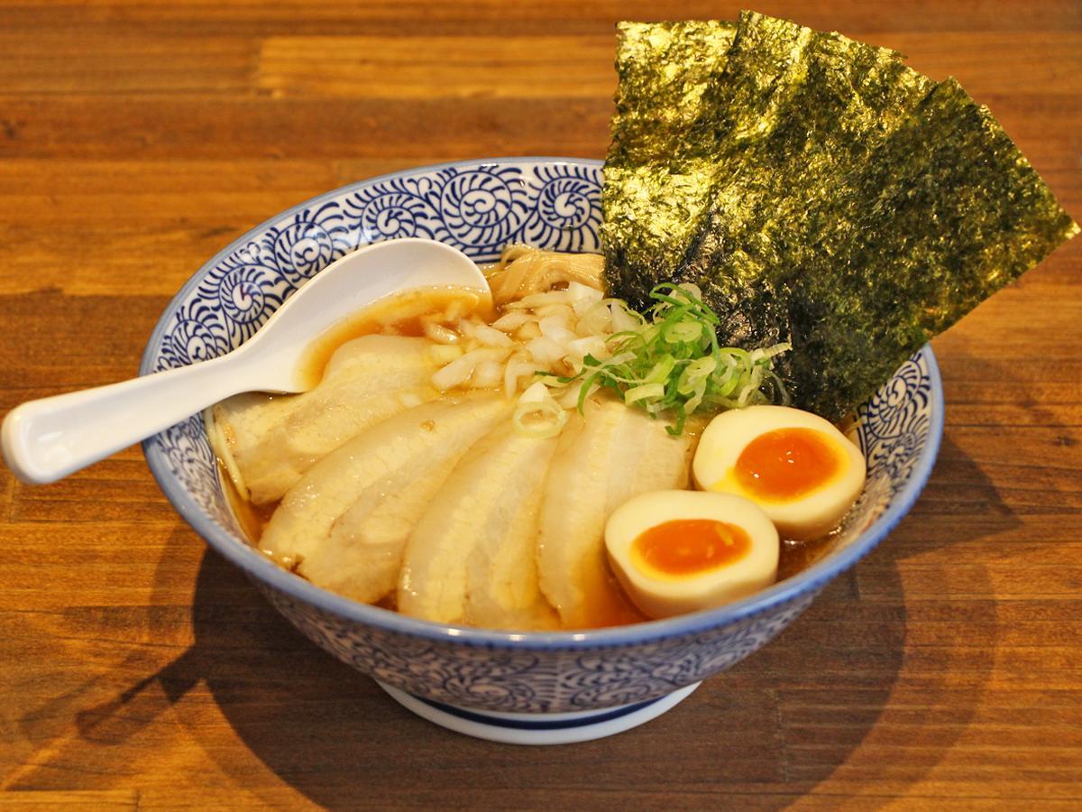 「煮干し中華そば 特製・醤油」(980円)