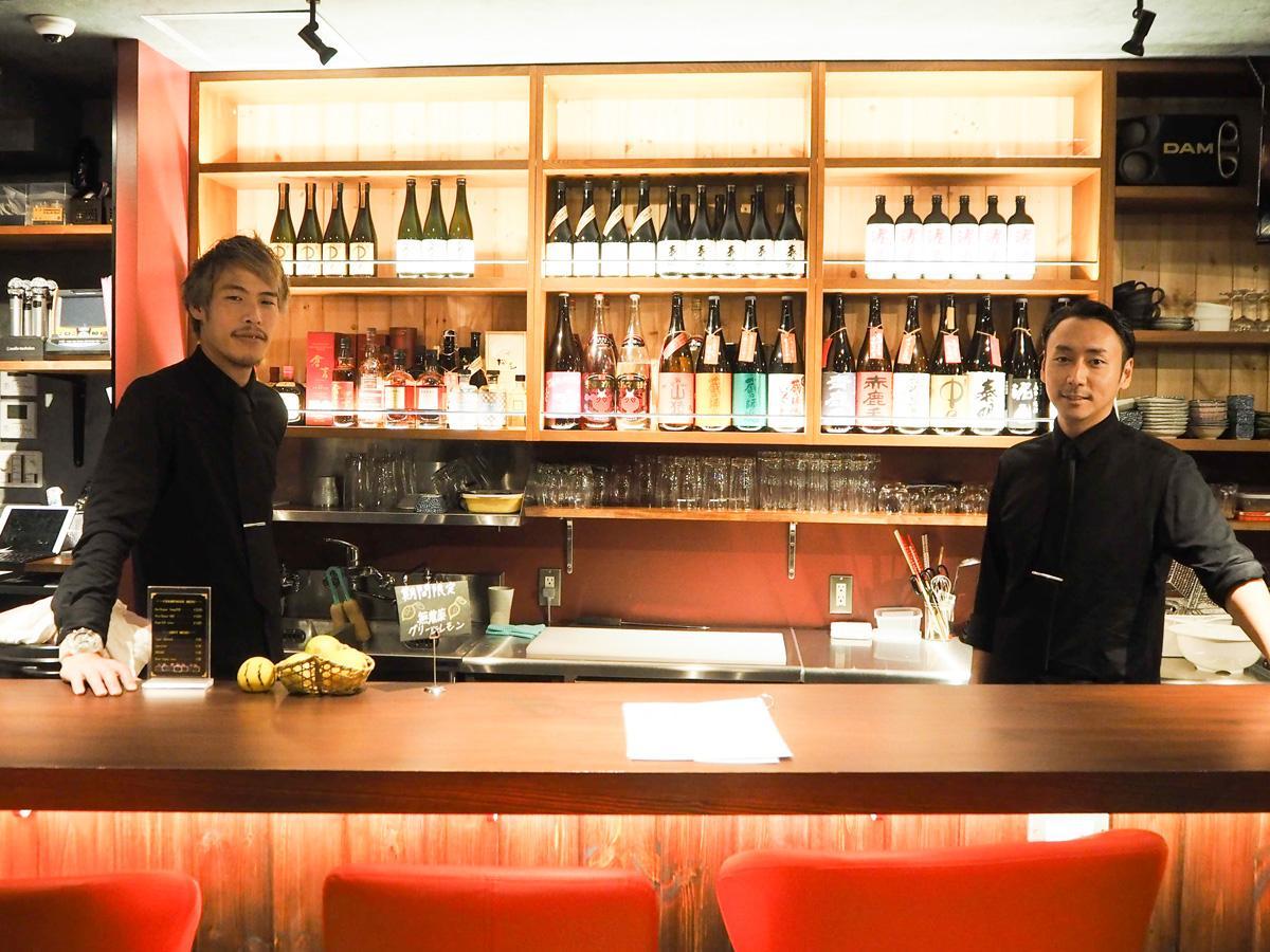 オーナーの澤田泰広さん(写真右)と店長の寺崎さん(写真左)