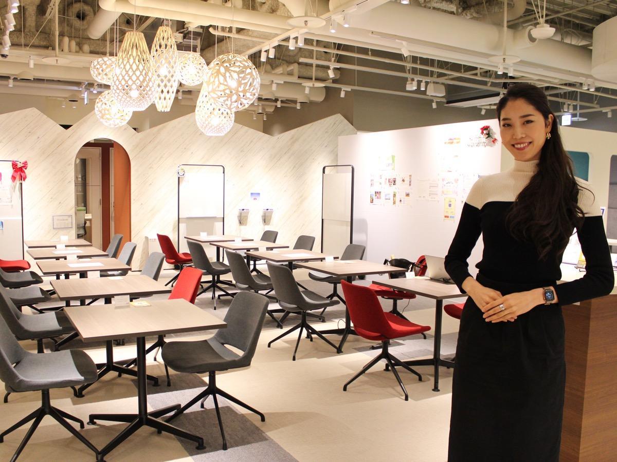 リブポート品川のコミュニティマネージャーの高橋美帆さん。Miss Model of the World 2018 日本代表に輝いた経歴をもつ