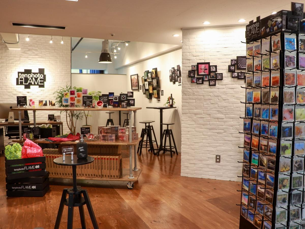 「ten photo FLAME GALLERY STORE」店舗内(提供:ten photo FLAME GALLERY STORE)