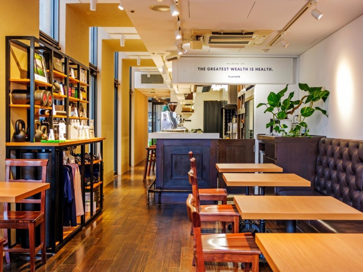 「FLUX CAFE田町」店内(写真提供=FLUX CAFE田町)