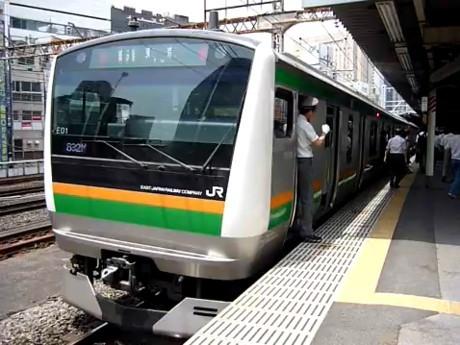 新橋在勤者らを中心に好評のJR新橋駅発車ベル。期間限定なのが惜しまれる