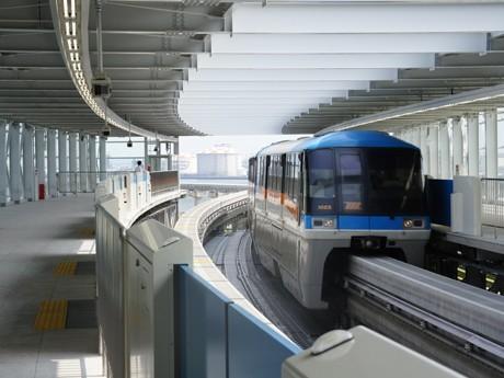 現在は全車両が通過する東京モノレール新駅「羽田空港国際線ビル駅」