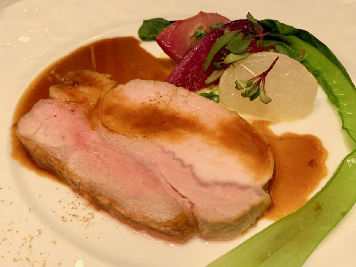 鹿児島県霧島市産の肉を使った同メニュー