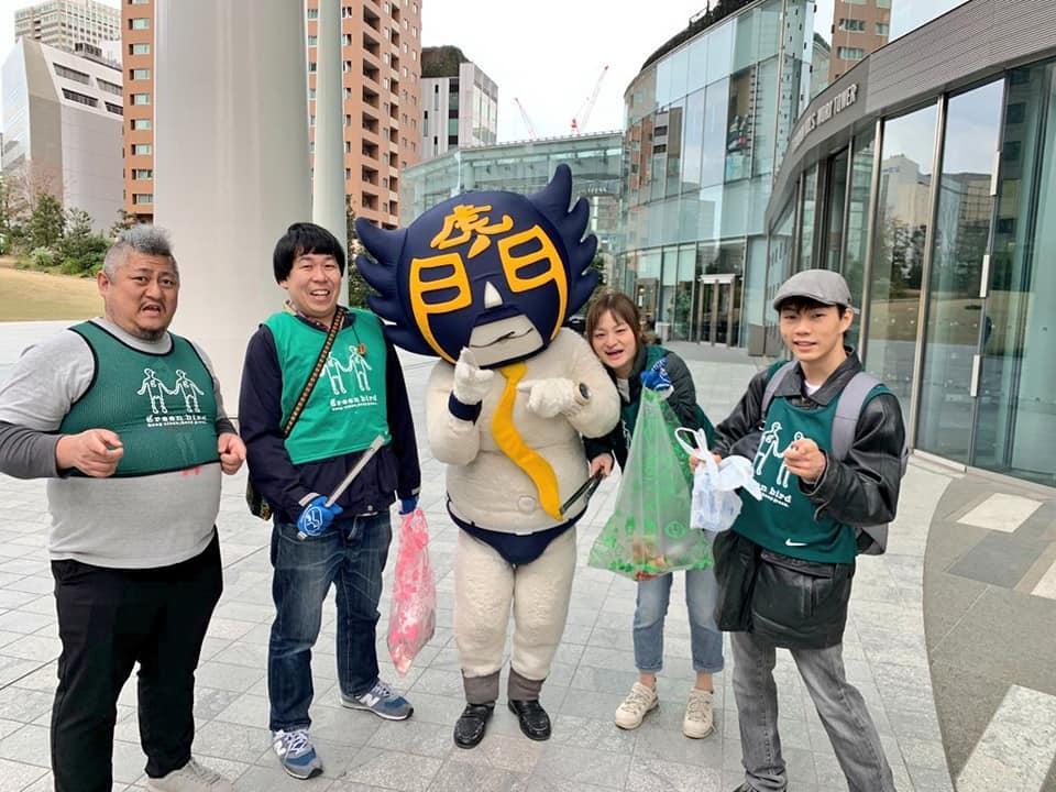 3月28日に参加したシャイニングスターズ(サンミュージック)ボケ担当の岡田さんとカモ虎課長ら