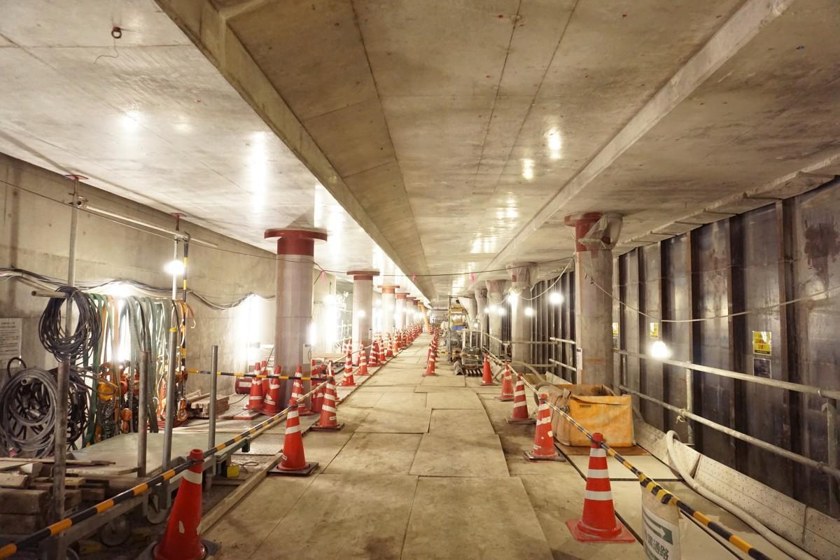 公開された地下1階千住駅方面ホーム