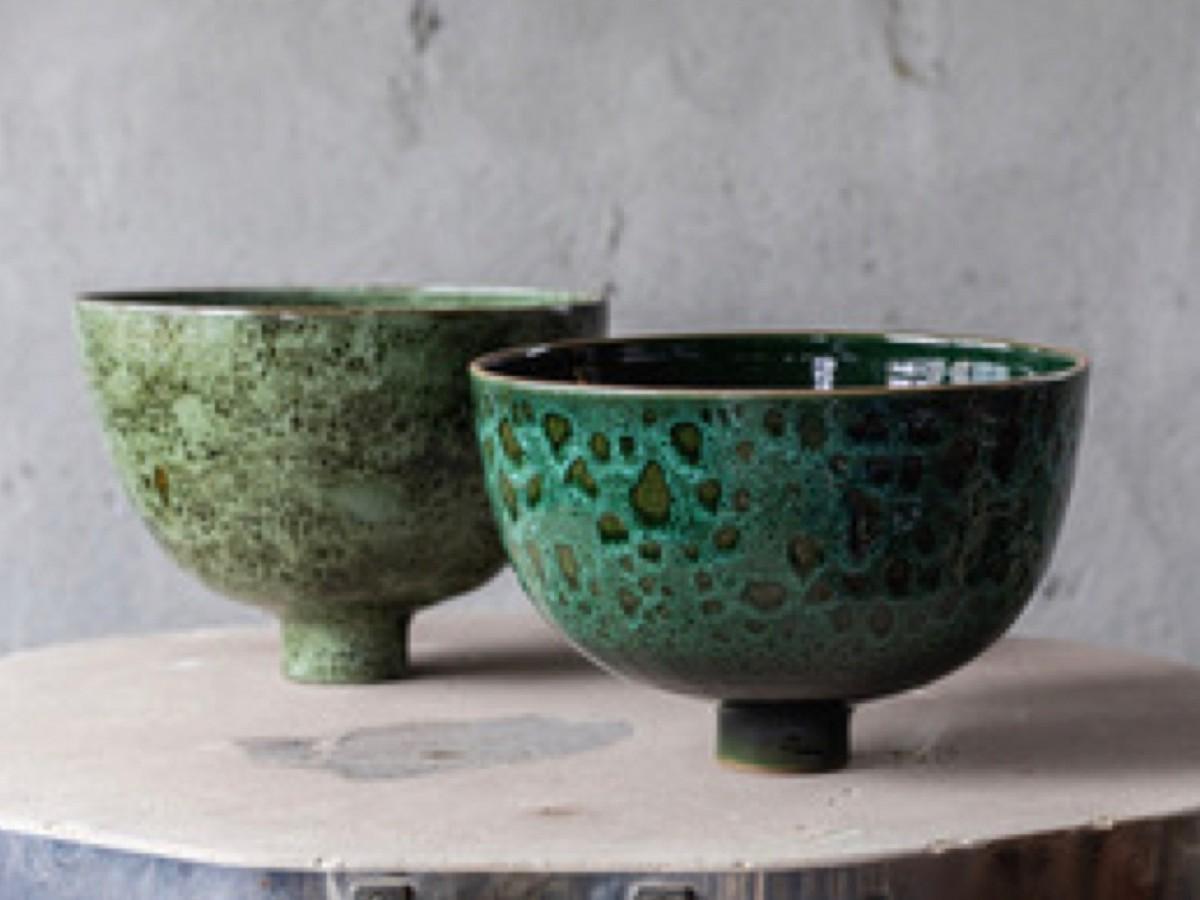 タン・チャンさんがデザインを手がけた陶器