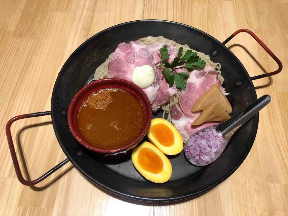 「魚貝パエリアスープDEつけ麺」