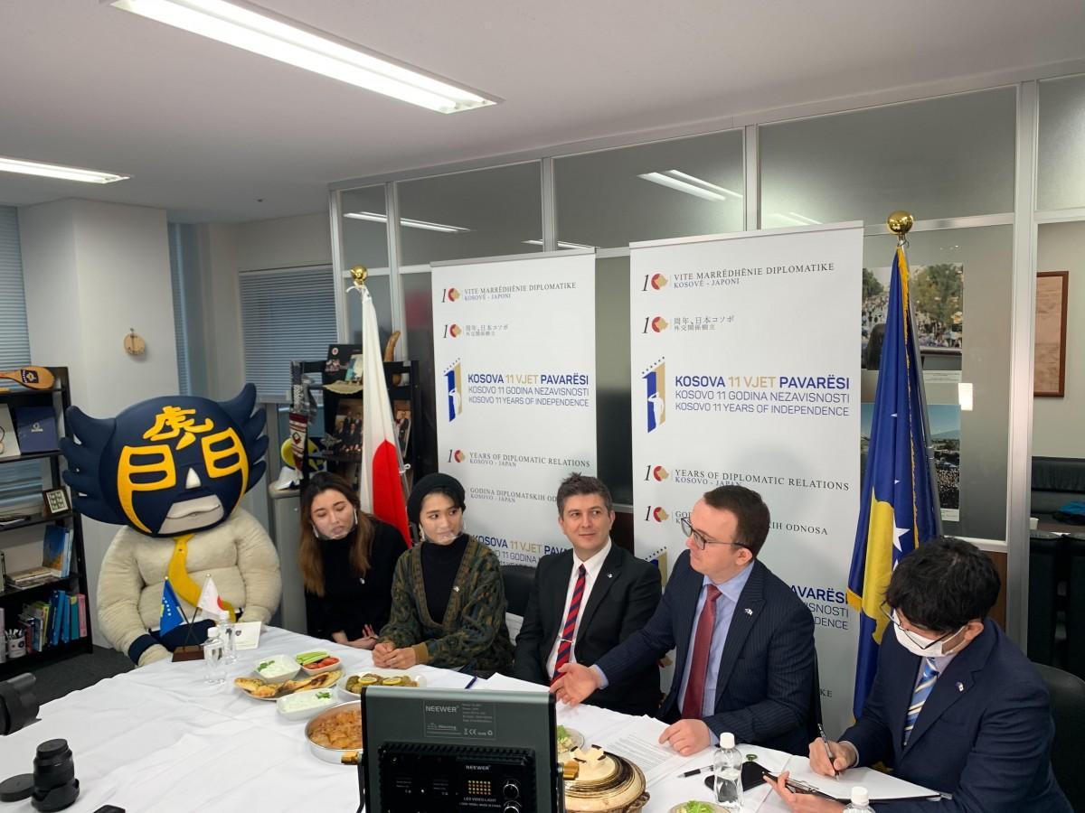 コソボ共和国大使館での収録の様子