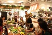 新宿マルイ本館のカフェで「デザートブーケ」レッスン-館内でコラボ