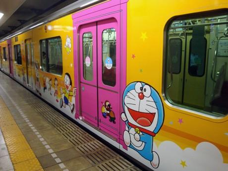 東京都屋外広告物条例に抵触し運行終了が決まったラッピング電車